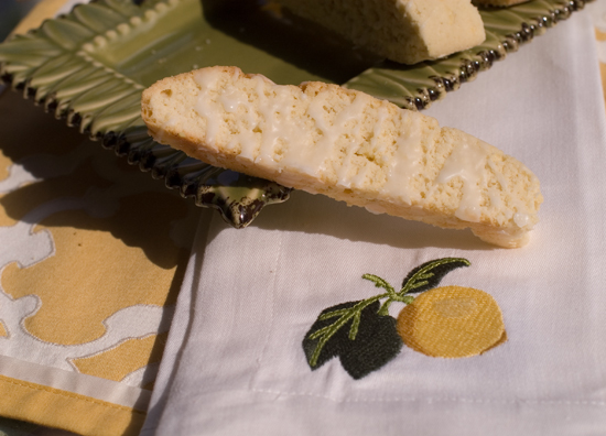 Lemon Almond Biscotti | afoodieaffair.com