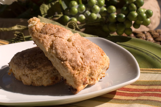 Apple Cinnamon Scones | afoodieaffair.com