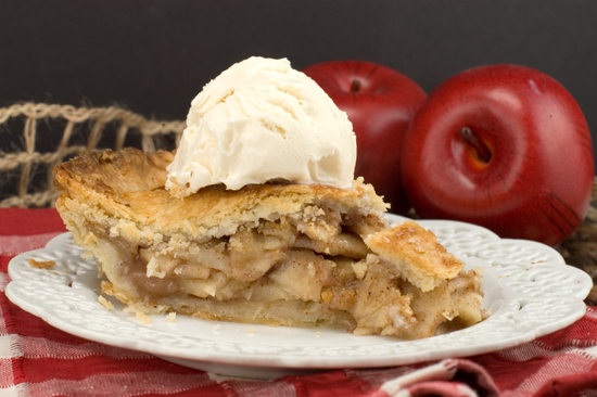 Mom's Apple Pie | afoodieaffair.com