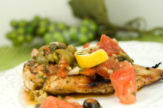 Chicken with Tomatoes and Olives | afoodieaffair.com