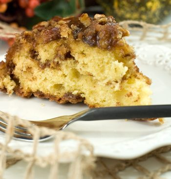 Cinnamon Roll Coffee Cake | afoodieaffair.com