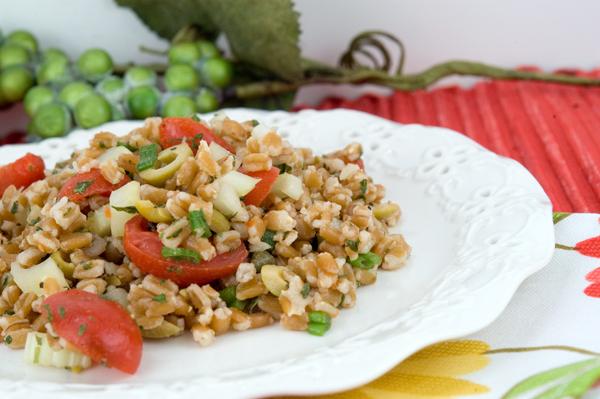 Farro Salad | afoodieaffair.com