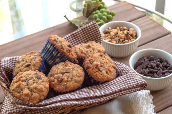 Chocolate Chip Oatmeal Muffins   afoodieaffair.com